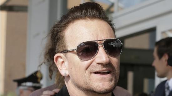 cc4781ccd Saiba porque Bono Vox, vocalista do U2 só anda de óculos de sol ...
